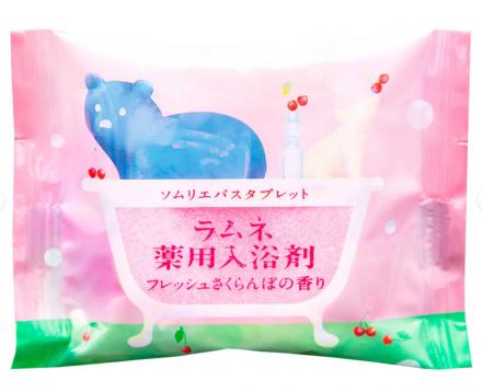 Соль-таблетка для ванн расслабляющая с ароматом цветущей сакуры Charley Sommelier 40г: фото